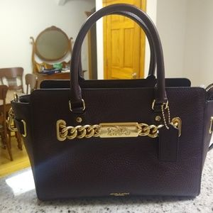 BNWT COACH Blake 25 Carryall F31525 Oxblood/Gold